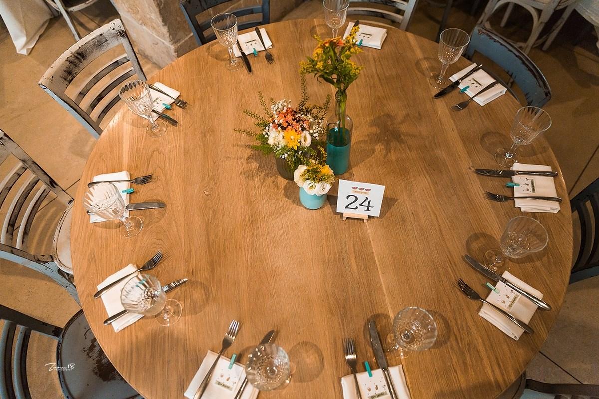 שולחן עגול - הלורנס